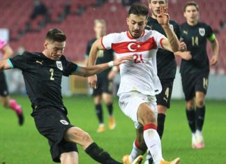 Galatasaray'dan Halil Dervişoğlu'na transfer teklifi
