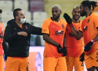 Galatasaray'ı zorlu bir periyot bekliyor
