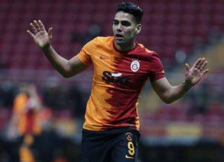 Galatasaray haberi: Falcao, forma için sırasını bekleyecek