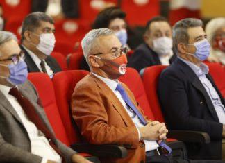 Antalyaspor'da yeni başkan takıma güveniyor