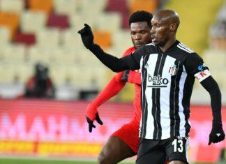 Atiba Hutchinson: Savaştık ve iyi savunma yapıp gol yemedik