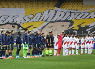 Fenerbahçe'de İrfan Can Kahveci, ilk kez maç kadrosunda