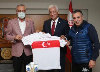 TÜFAD Genel Başkanı İsmail Dilber, Antalyaspor Başkanı Mustafa Yılmaz'ı ziyaret etti