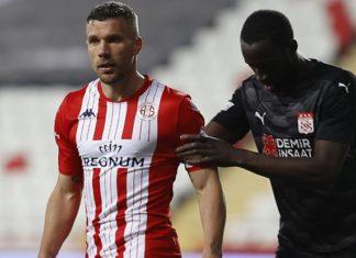 Antalyaspor'un serisini Sivasspor bitirdi