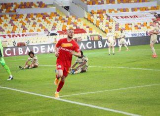 Fenerbahçe çalıştığı yerden golü yedi! Herkesin morali bozuldu