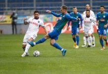 Trabzonspor'da Anastasios Bakasetas ile Yusuf Sarı sorunsuz tamamladı