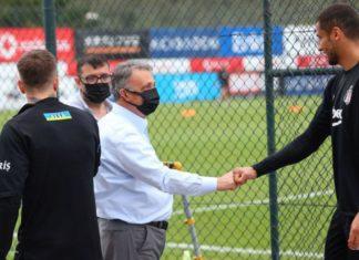 Beşiktaş Başkanı Ahmet Nur Çebi'den Galatasaray derbisi öncesi takıma ziyaret