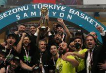 Merkezefendi Belediyesi Denizli Basket şampiyonluk kupasını aldı