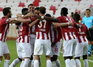 Sivasspor'da ilk hedef gruplara kalmak