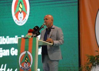 Alanyaspor Başkanı Hasan Çavuşoğlu güven tazeledi