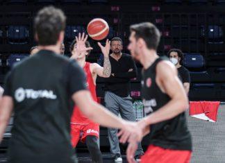 Hidayet Türkoğlu, A Milli Erkek Basketbol Takımı'nın antrenmanını takip etti