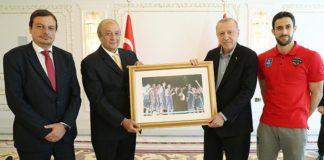 Cumhurbaşkanı Erdoğan, Anadolu Efes'i kabul etti