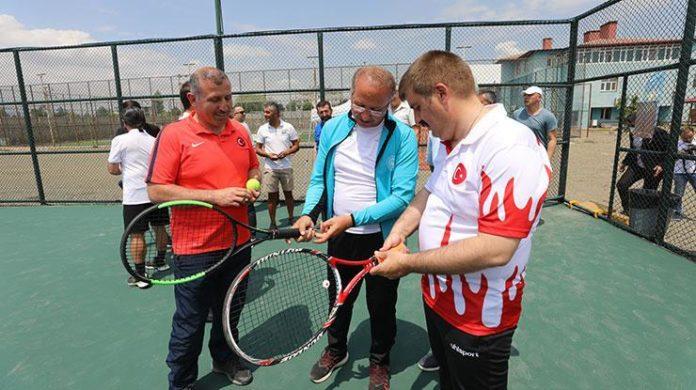 Kayısı Kupası-Büyükler Yaz Kupası Tenis Turnuvası sona erdi