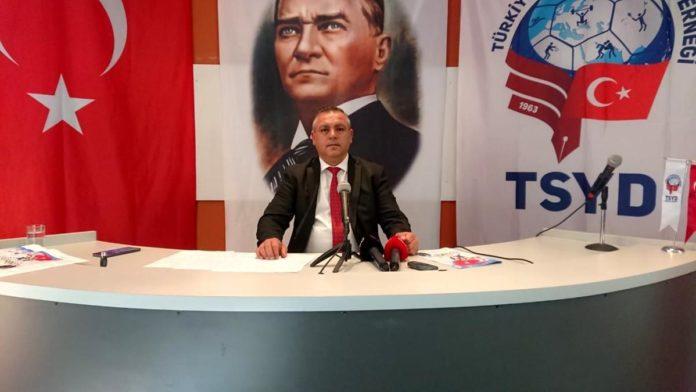 Mehmet Zeki Erkan, Badminton Federasyonu'na başkan adaylığını açıkladı