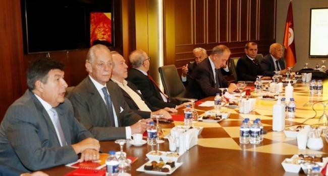 Galatasaray Kulübü İstişare Komitesi ilk kez toplandı