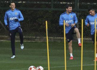 Fenerbahçe'ye, Antwerp maçı öncesi müjde: Mert Hakan takımla çalıştı!