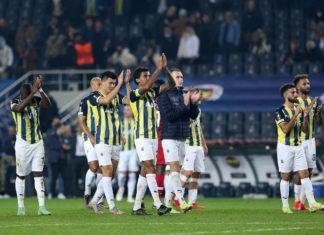 Fenerbahçe, Alanyaspor karşısında yara sarmaya çalışacak